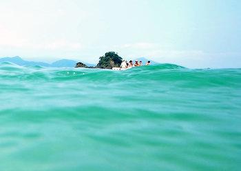 DSCN3340-夏の日本海の中.jpg