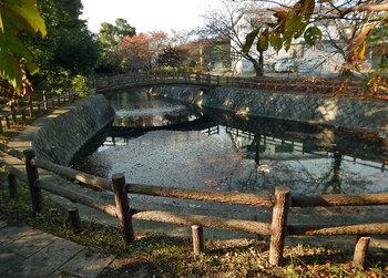 DSCN4195 不飲川の水源池.jpg
