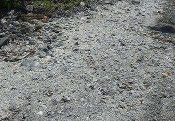 DSCN6425 石灰岩河原.jpg