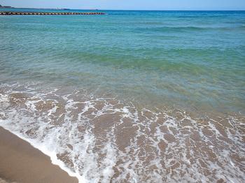 DSCN6521 晴れた海の色.jpg