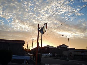 DSCN6547 暮れゆく町.jpg
