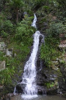 DSC_9165-水無瀬の滝.jpg