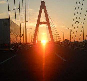 まぶしい日の出DSCN3896.jpg