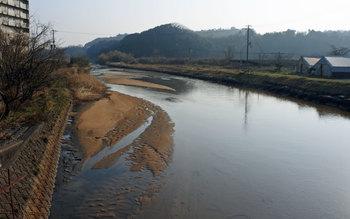 佐濃谷川.jpg