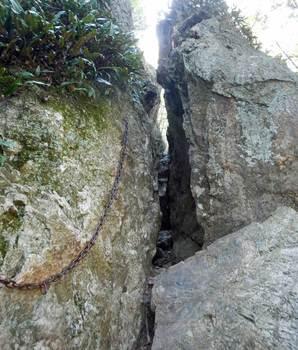 割岩.jpg