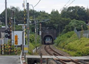 天井川の鉄道トンネル.jpg