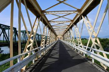 揖斐川橋梁.jpg