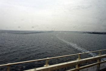 東京湾を渡る.jpg