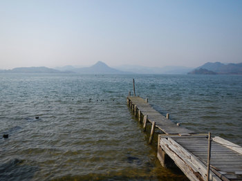 桟橋と兜山遠望.jpg